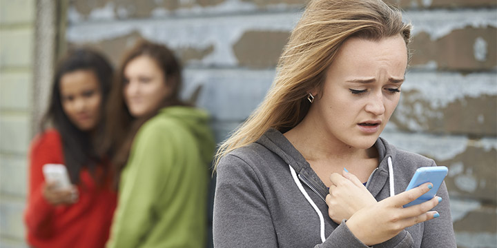 3 Easy Ways to Stop Cyber Bullying!